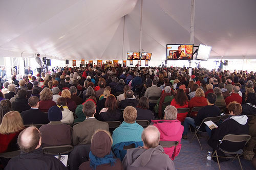 6.5.5-Audience-in-the-tent